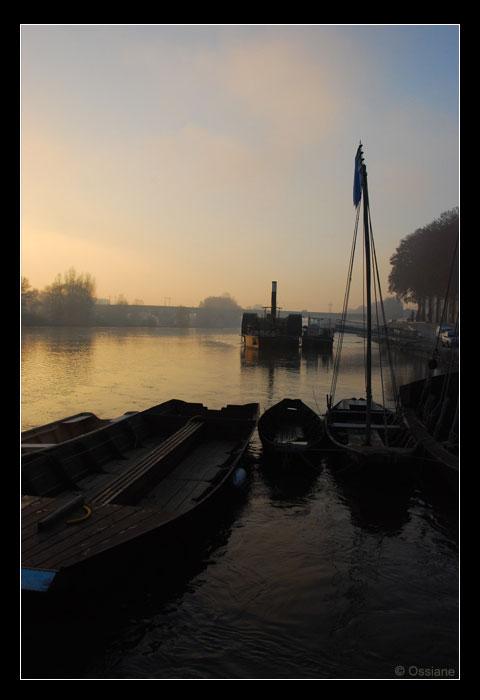 Gabarres sur les quais d'Orléans